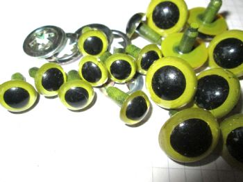 Green Plastic Safety Craft Eyes  12mm and 18mm